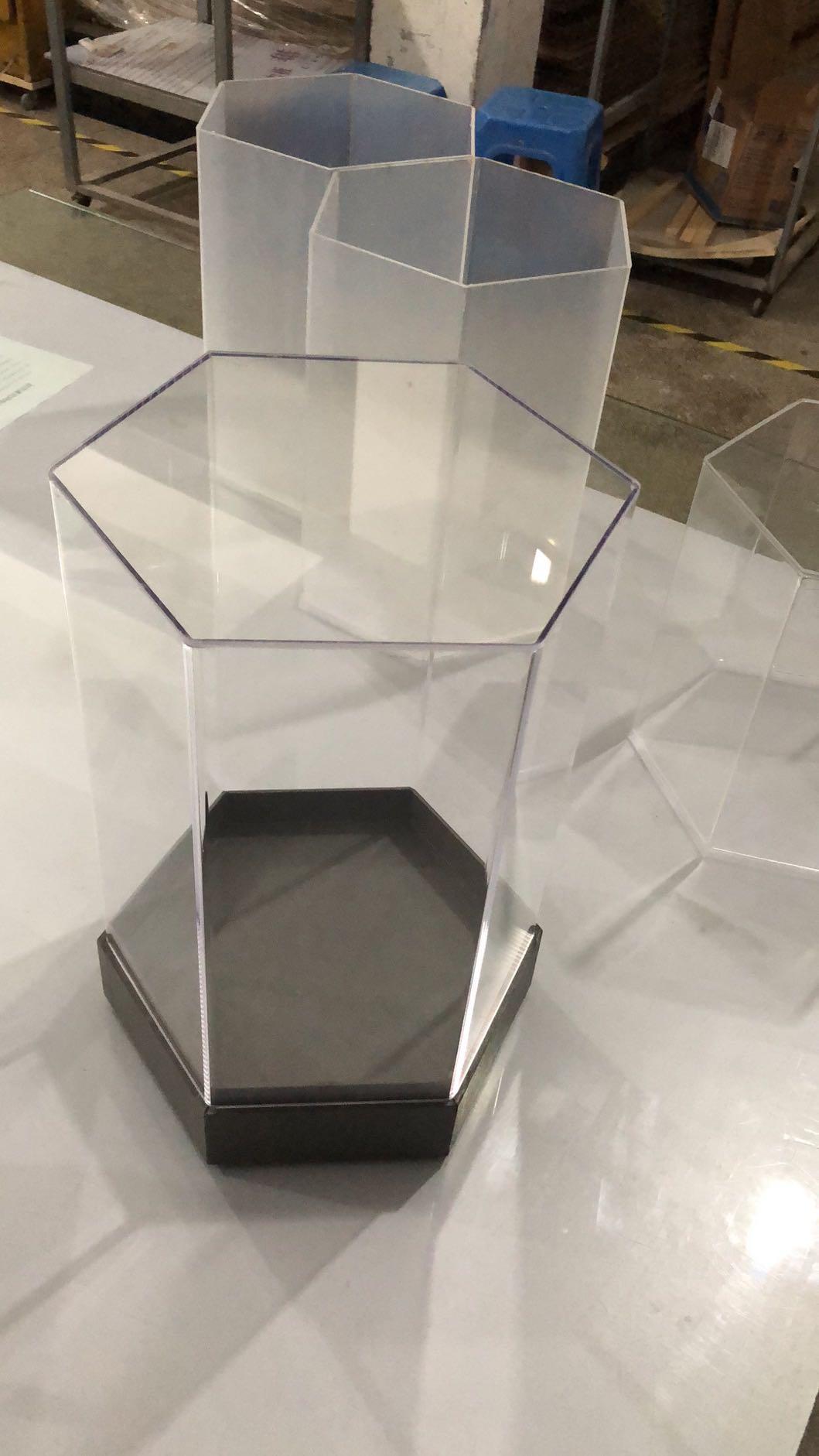 杰峰六边形定制礼品盒时尚展厅放置